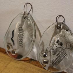 glaspåskeæg med metal dekoration