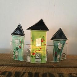 glashuse på bue grøn med lys